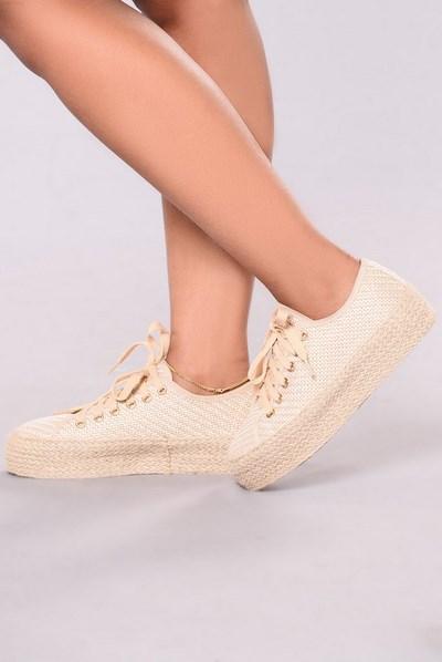 كوتشيات جديدة للبنات احذية-للبنات1.jpg