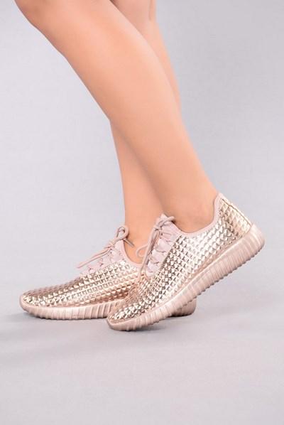 كوتشيات جديدة للبنات احذية-للبنات4.jpg