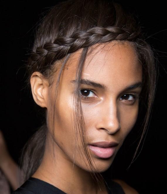 تسريحات شعر جديدة مميزة وسهلة lo3m1445043965_277.jpg