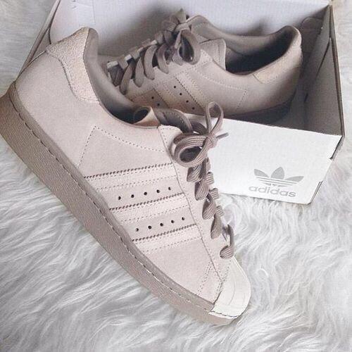 احذية رياضية حريمي كوتشيات للبنات أحذية-رياضية-حريمي-للبنات-والسيدات-4.jpg