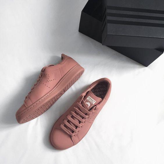 احذية رياضية حريمي كوتشيات للبنات أحذية-رياضية-حريمي-للبنات-والسيدات-5.jpg