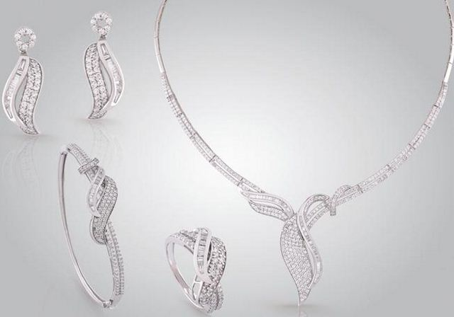 اطقم مجوهرات للعروسة اطقم-مجوهرات-للعروسة-01.jpg