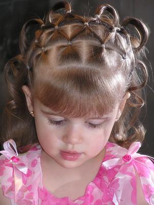 صور تسريحات شعر للأطفال تسريحات-سهلة-للأطفال-2.jpg