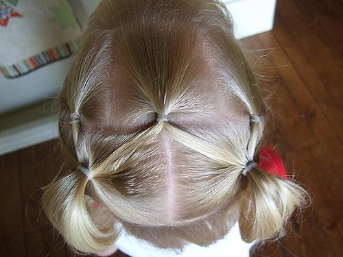 صور تسريحات شعر للأطفال تسريحات-سهلة-للأطفال-6.jpg