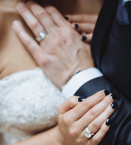 الوان اظافر 2018 للعروسة دهانات-اظافر-للزفاف-للعروسة-11.jpg