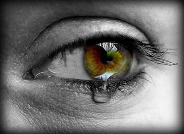 صور عيون حزينة صور-حزن-ودموع-3.jpg