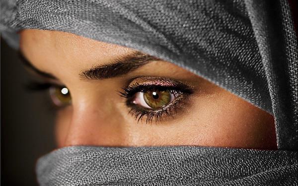 صور عيون حزينة صور-حزينة-2.jpg