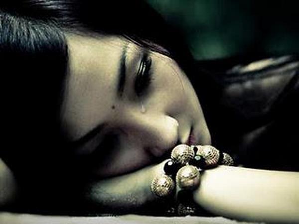 صور عيون حزينة عيون-حزينة-4.jpg