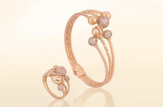 اطقم مجوهرات للعروسة مجوهرات-ذهبية-1.jpg