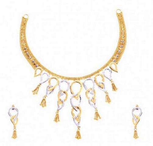 اطقم مجوهرات للعروسة مجوهرات-ذهبية-3.jpg