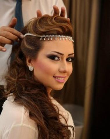صور تسريحات شعر بسيطة للعروسة تسريحات-للعروسة-بسيطة-وانيقة-4.jpg