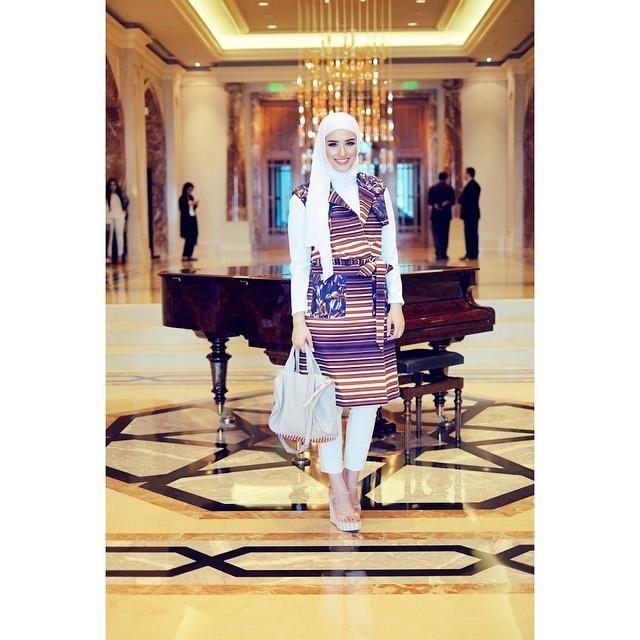 ملابس ازياء محجبات جديدة عصرية موضة 2020 picture_1490204730_306.jpg