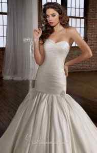 اجمل فساتين زفاف جديدة عصرية موضة lo3m.com_1378996089_722.jpg