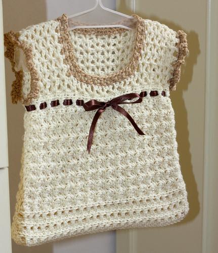 اجمل ملابس كروشية للاطفال الصغيرين lo3m1402403783_944.jpg